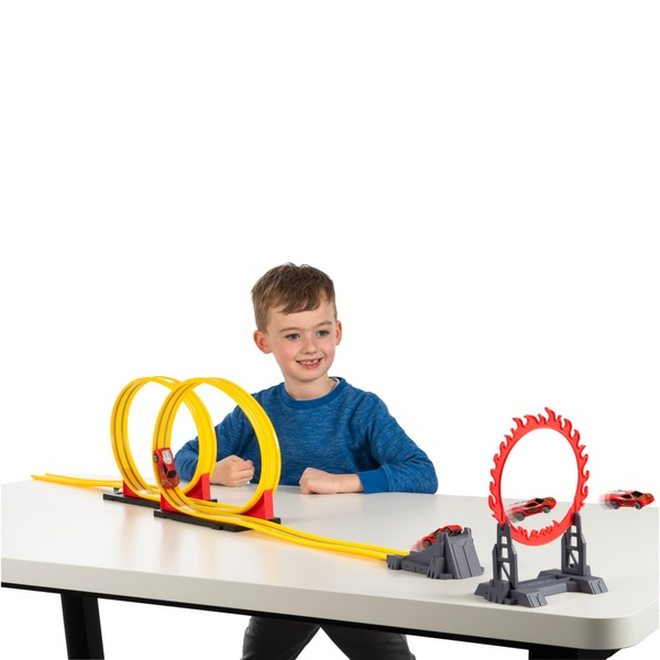 Speed Way Kinetic Power Double Loop Track