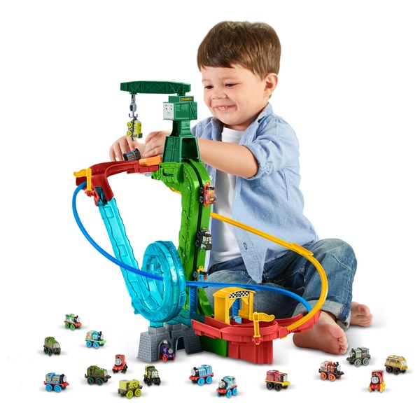 thomas friends minis motorised track set thomas preschool uk