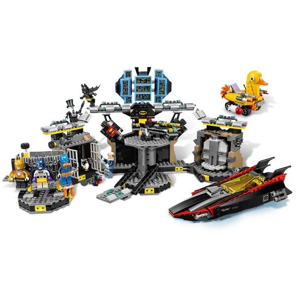 LEGO 70909 The Batman Movie Batcave Break-In - LEGO Batman Movie UK