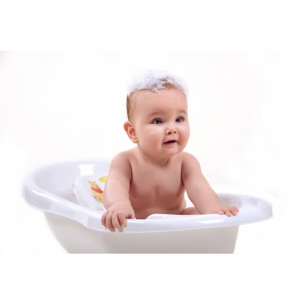 Winnie the Pooh Baby Bath Tub - Baby Baths Ireland