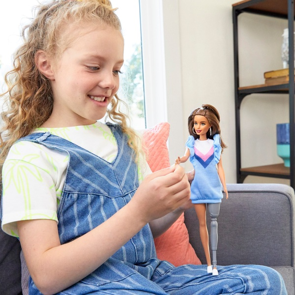 Barbie Fashionista Doll 121 Blue Ruffle Dress