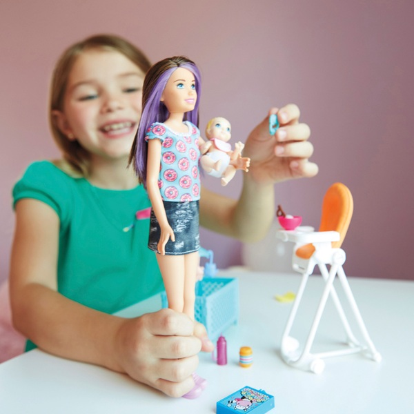 Barbie Skipper Babysitter Feeding Playset