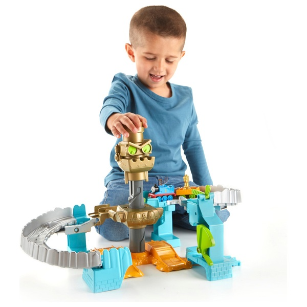 Thomas and Friends Adventures Robot Rescue Train Playset