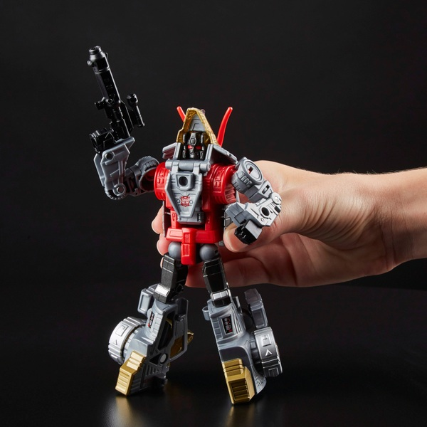 Dinobot Slug - Transformers: Generations Power of the Primes Deluxe Class
