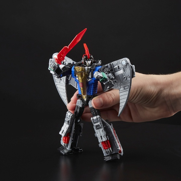Dinobot Swoop - Transformers: Generations Power of the Primes Deluxe Class