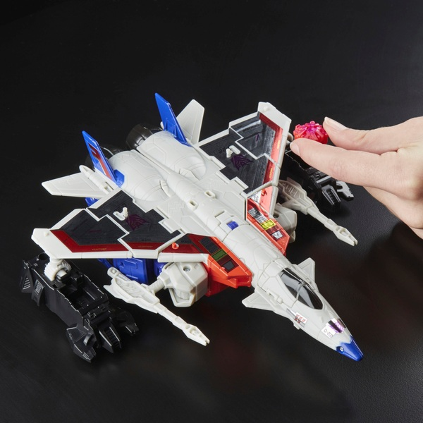 Starscream - Transformers: Generations Power of the Primes Voyager Class