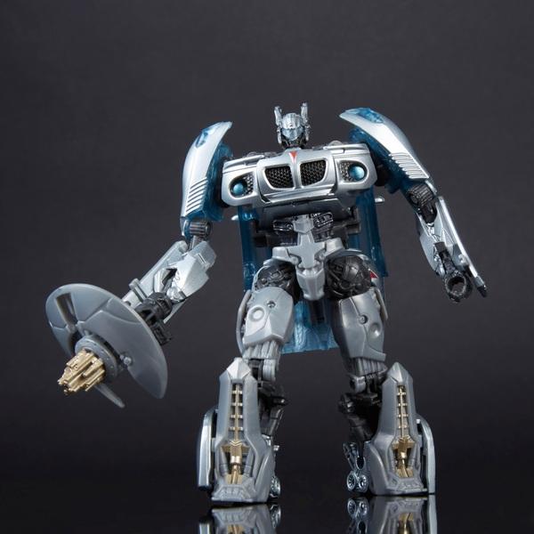Autobot Jaz -Transformers Generations: Studio Series 10 Deluxe Class Movie