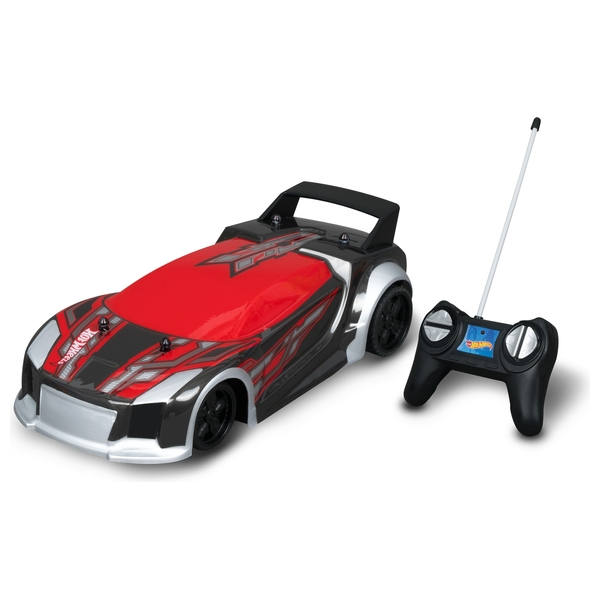 Hot Wheels  1:20 scale Full Function Radio Controlled 'Fast 4wd'