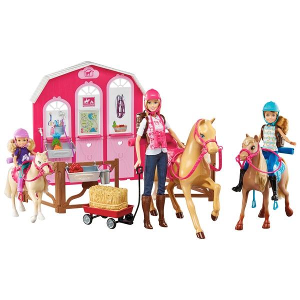 Barbie Pink Passport Ranch & 3 Dolls