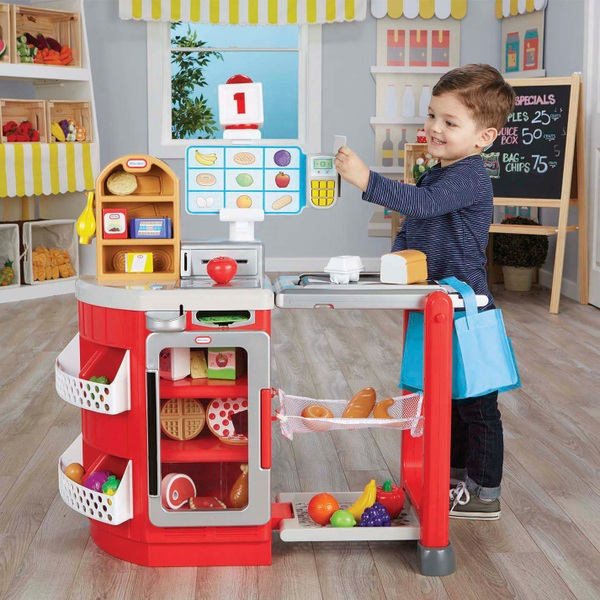 Little Tikes Cook 'n Store Kitchen Roleplaying has never been so fun and engaging for the children! The Little Tikes' Cook 'n Store kitchen in red is a fully assembled kitchen set, so Mom and Dad, you can keep your tools away and just focus on the play!