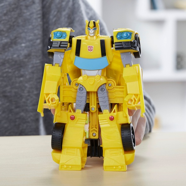 Ultra Class Bumblebee Transformers Cyberverse Action Figure