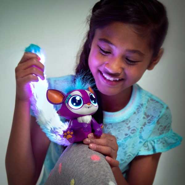 Lil' Gleemerz Loomur Figure Interactive Toy