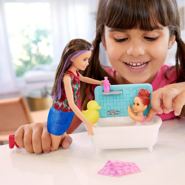 Barbie Skipper Babysitters Bathtime Playset