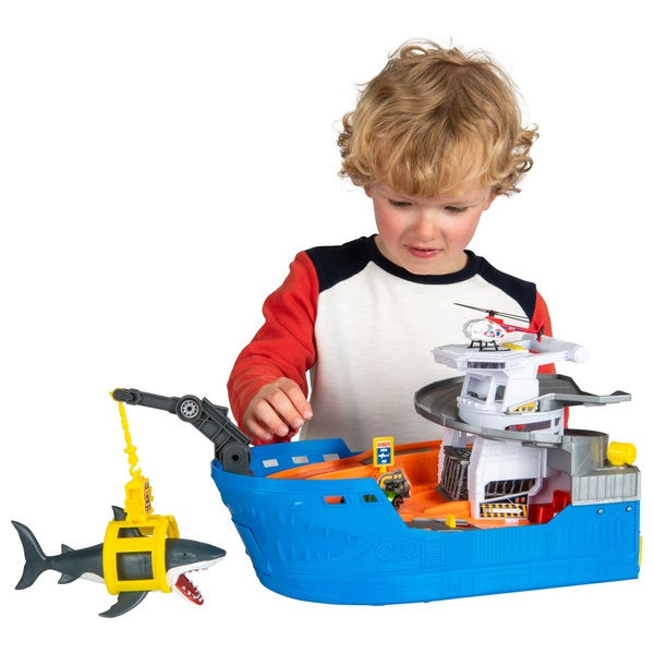 Light and Sound Shark Attack Boat Playset