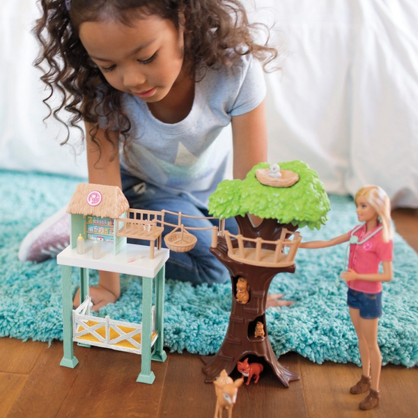 Barbie Animal Rescuer Doll and Playset