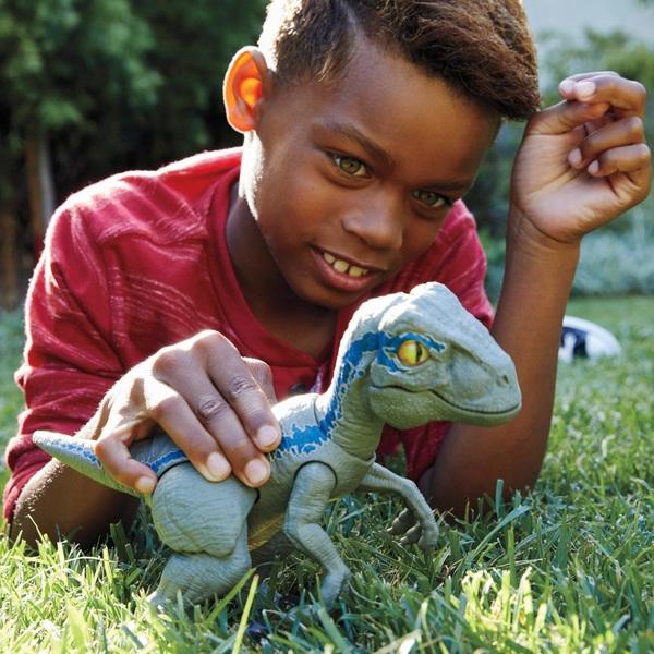 Jurassic World Primal Pal Blue - Jurassic World UK
