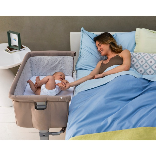 Chicco Next2Me Side Sleeping Crib Chick to Chick