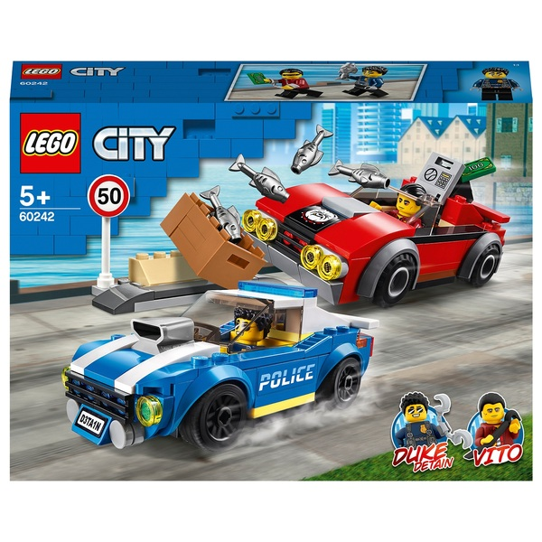 LEGO 60242 City Police Highway Arrest
