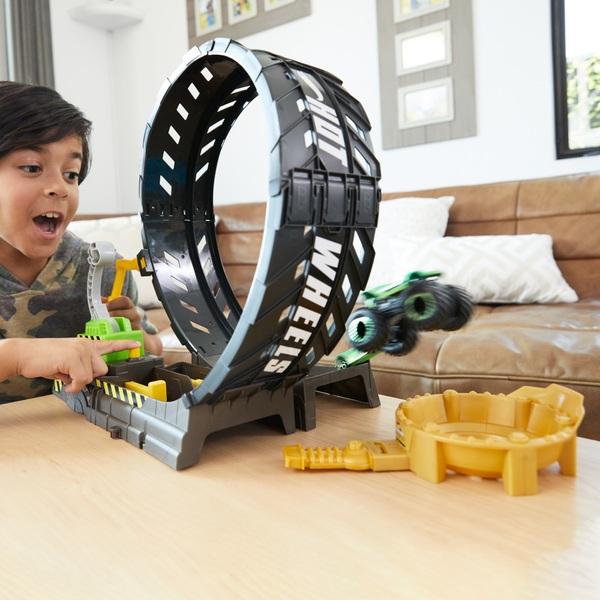 Hot Wheels Monster Trucks Epic Loop Challenge Playset