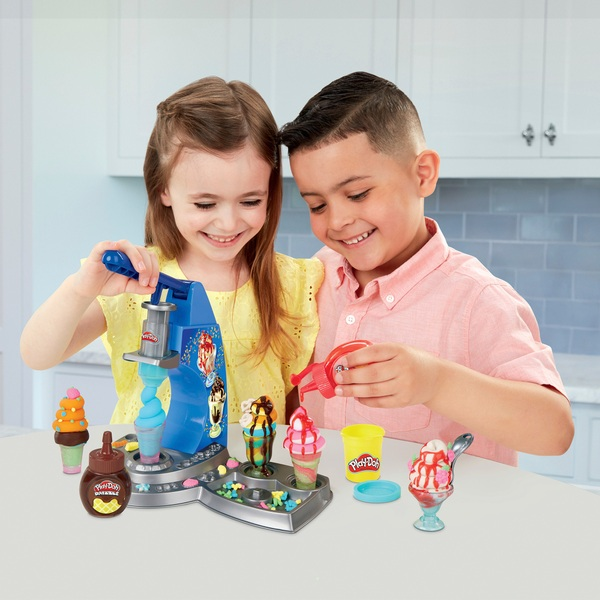 Play-Doh Drizzy Ice Cream Maker with Toppings