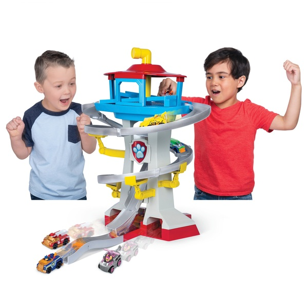 PAW Patrol True Metal Adventure Bay Rescue Playset with 2 Exclusive Mini Vehicles
