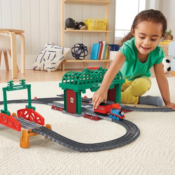 Thomas & Friends TrackMaster Knapford Station Push Along
