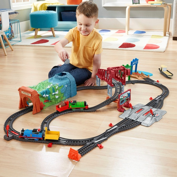 Thomas & Friends Day Out on Sodor Playset with Talking Thomas and Percy