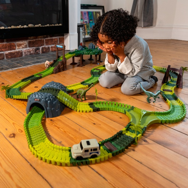 Jurassic World Dinosaur Track Set