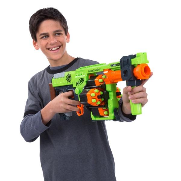 NERF - Zombie Strike Doominator