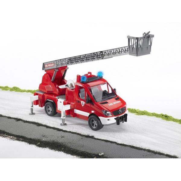 Bruder - MB Sprinter Feuerwehr mit Drehleiter, Light und Sound Modulen