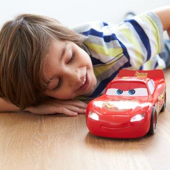 Disney Pixar Cars 3 Movie Moves Lightning McQueen