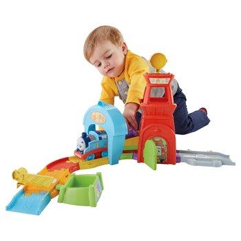 Smyths Toys - Thomas The Tank Engine Toys | Thomas Take n